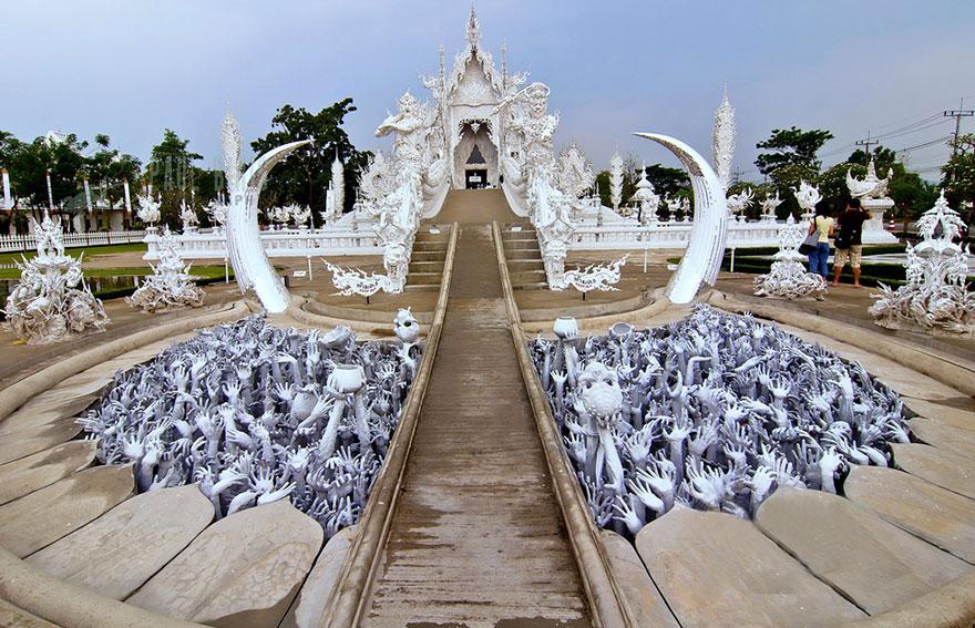white-temple-thailand-2